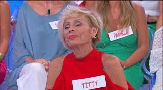 Titty si presenta